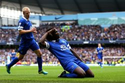Naismith joins Lukaku in celebration of Everton's soon to be short lived one goal lead